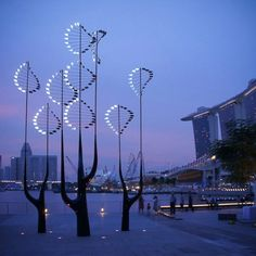 Stunning LED Light Art, 2012 Youth Olympic Games Commemorative Sculpture in Singapore, by Edwin Cheong.