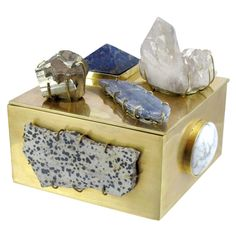 Kelly Wearstler's Jasper and Howlite Bauble Box would make any surface instantly cool. #myvibemypearl