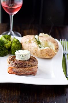 Pan Seared Filet Mignon with Roasted Garlic Compound Butter