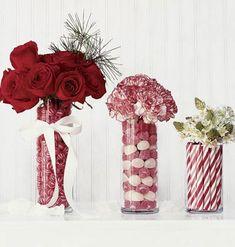 Vasos de vidro, sem nenhuma firula, ganham balas de goma e outros doces bem coloridos. Depois, coloque o arranjo de flor de sua preferência. Ou deixe sem flor mesmo. Sugestão do blog Na Minha Casa. +