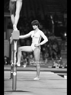 Nadia Comaneci Perfect 10, Gymnastics Pictures, Asian Games, Commonwealth Games, Artistic Gymnastics, Olympic Sports, Summer Olympics, Esports, Sports Women
