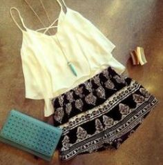 OMG. Whant this outfit!!!!!!!!  Love it really love it