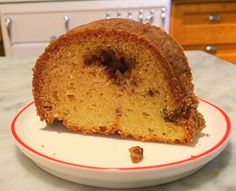 A Cake Bakes in Brooklyn: Sour Cream Pound Cake