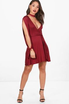 Click here to find out about the Kady Choker Wrap Dress with Split Sleeve from Boohoo, part of our latest SALE collection ready to shop online today!