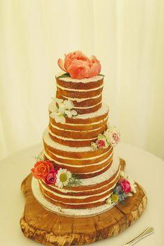 Simplicity at its best - and it's cake! Photo by Benjamin Stuart Photography #weddingphotography #weddingcake #spongecake #nakedcake