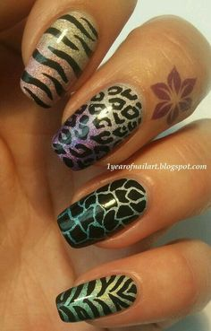 Colorful animal print nailart #nailart #nails #colorful #animalprint