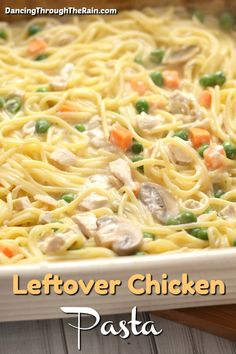 When looking for leftover turkey recipes easy is key! With fall upon us leftover Thanksgiving recipes become something we all hunt for so look no further than this tasty tetrazzini casserole! It's the perfect way to use up that leftover turkey! Recipe Using Leftover Chicken, Easy Leftover Turkey Recipes, Thanksgiving Leftover Recipes, Leftover Rotisserie Chicken, Leftovers Recipes, Easy Chicken Recipes, Chicken Leftovers, Turkey Leftovers, Thanksgiving Turkey