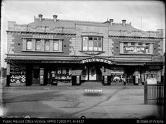 Essendon Progress Hall on Russell St,Essendon in Victoria in Melbourne Victoria, Victoria Australia, Melbourne Suburbs, Australian Continent, Largest Countries, Local History, Old Photos, Vintage Photos, Old Buildings