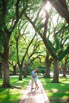 http://agapehousestudio.com/blog/jamie-bret-hermann-park-engagement/