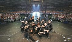 [SCAN] EXO - EXO-L JAPAN OFFICIAL BOOK cr.ThunderLight421