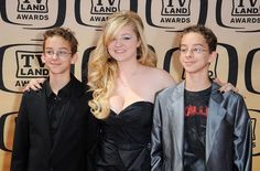 'Everybody Loves Raymond' Suicide — Sawyer Sweeten's Sister Madylin Says Family 'Devastated' After Star Shoots Himself   Radar Online
