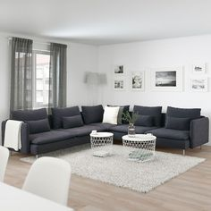 #LivingRoomAreaRugs Living Room Grey, Living Room Sofa, Home Living Room, Living Room Designs, Living Room Decor, Charcoal Sofa Living Room, Grey Room, Söderhamn Sofa, Sectional Sofas