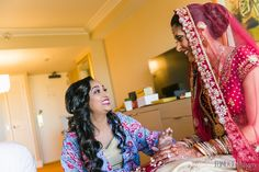 4 Day-Of Dressing Room Photoshoot Tips for Indian Weddings - Indian Wedding Venues United States and Canada Indian Wedding Bridesmaids, Indian Wedding Venue, Wedding Venues, Southern California, Photo Sessions, Hair Makeup, Dressing, Saree, Photoshoot