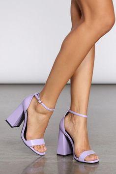 Lila High Heels, Purple High Heels, Dr Shoes, Swag Shoes, Shoes Heels, Flats, Fancy Shoes, Pretty Shoes, Cute Shoes