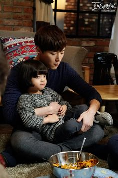 The other reason why i adore CJH is he is very humble and lovable Pride and Prejudice Choi Jin Hyuk, Jang Hyuk, Korean Star, Korean Men, Asian Actors, Korean Actors, Dragon Heart, Japanese Drama, Gong Yoo
