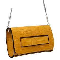 Echtes Leder in Animalprägung, als Umhängetasche und als Clutch zu tragen. #clutch#anlass#festtag#crossbodybag#schlange#gelb#mode#fashion#italytrends Clutch, Shoulder Bag, Bags, Fashion, Yellow Fashion, Leather Bag, Artificial Leather, Womens Fashion, Handbags