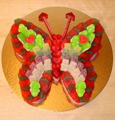 Afbeeldingsresultaat voor vlinder snoeptaart Candy Cakes, Chocolate, High Tea, Food And Drink, School, Google, Baby, Ideas, Treats