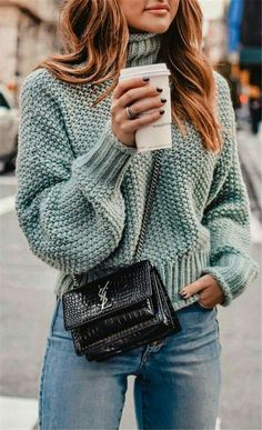 crochet fashion, crochet fashion crochet fashion patterns, crochet fashion boho, crochet fashion scarf clothes boho fashion New Idea Your Grandmother's Crochet Really Fashion 2019 - apronbasket . Brunch Outfit, Mode Outfits, Fall Outfits, Casual Outfits, Summer Outfits, Casual Dressy, Winter Pullover Outfits, Look Fashion, Winter Fashion