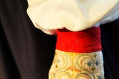 Hello all, Today I will continue my series on the costume and embroidery of Leksand. Folk Costume, Costumes, Half Gloves, Embroidery, Tattoos, Needlepoint, Tatuajes, Dress Up Clothes, Tattoo