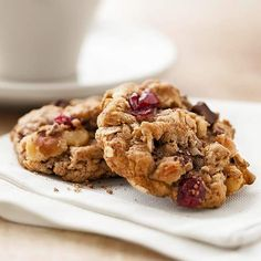 Our Loaded Oatmeal Cookies are made with dark chocolate, walnuts and cranberries. Get the recipe: http://www.bhg.com/recipe/cookies/loaded-oatmeal-cookies/?socsrc=bhgpin051512