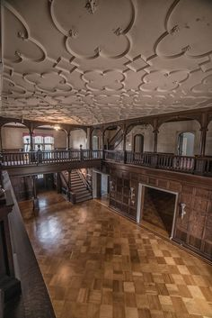 Photographer Kris Catherine gives an exclusive look inside the opulent mansions of Elkins Estate Old Mansions, Mansions For Sale, Abandoned Mansions, Abandoned Buildings, Abandoned Places, Architecture Old, Historical Architecture, Architecture Details, Mansion Designs