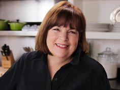Ina Garten's 4 ingredient vinaigrette couldn't be easier Vinaigrette Dressing, Salad Dressing Recipes, Salad Dressings, Salad Recipes, Vinaigrette Recipe, Food Network Recipes, Wine Recipes, Eat This, Recipes