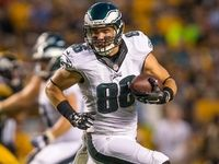 Injuries: Eagles' Zach Ertz dealing with displaced rib - NFL.com