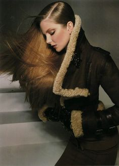 Hungarian model Eniko Mihalik makes for the perfect Fall Diva for Harper's Bazaar US September 2010 issue. Clad in cozy winter pieces, Eniko looks gorgeous in Marie Chaix styling and long open tresses lensed by Glen Luchford in 'Chic Easy Pieces'. High Fashion, Fashion Beauty, Winter Fashion, Womens Fashion, Classy Fashion, Couture Fashion, Latest Fashion, Diesel Punk, Glen Luchford