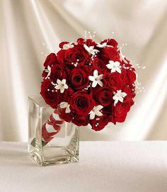 Bridal Bouquet- i like the lil white flowers wedding-decoration-ideas