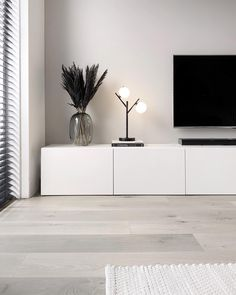 Home Room Design, Living Room Designs, Home Living Room, Living Room Decor, Tv Unit Decor, White Apartment, First Apartment Decorating, White Interior Design, House Rooms