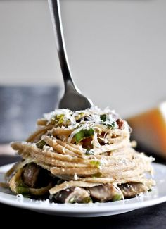 Looking for a great meal for la famiglia? Portobello and leek carbonara is just the ticket.   The Man From U.N.C.L.E.