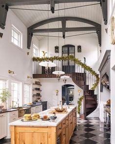 home interior design 10 Best Farmhouse Spaces Weve Seen This Month farmhouse interior decor, farmhouse decor ideas, farmhouse kitchen Küchen Design, Design Case, Design Styles, Loft Design, Decor Styles, Modern Design, Quinta Interior, Home Interior Design, Interior Decorating