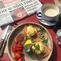 Vivi's Top 6 Eggs Bennedict em Notting Hill | Flores em Notting Hill