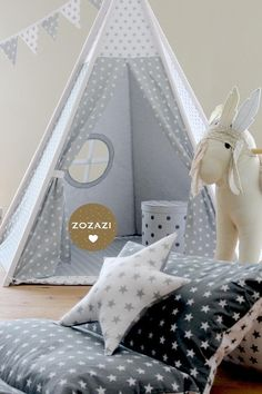 Zelt für das Kinderzimmer / tent for children's room by Babika-Zoe via… Diy Teepee, Teepee Tent, Teepees, Kids Tents, Baby Co, Baby Boy Rooms, Soft Furnishings, Decoration, Kids Bedroom