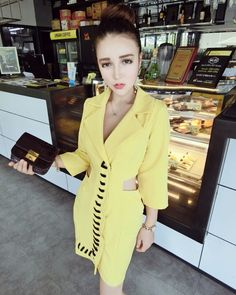 fashion ladies waist slim suit collar 7 hollow sleeve dress