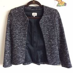 Aritzia Wilfred Collarless Blazer Reposhing this item as I purchased a year ago and have yet to wear. This is a beautiful item and easily transitions from work to night. I also have this blazer in black and wear it all of the time. 3/4 sleeves. Only worn by previous owner a few times. It is in perfect condition and has been safely hung in my closet since purchase. Offering 20% off 3+ item bundles, ask and discount will be applied! Aritzia Jackets & Coats Blazers