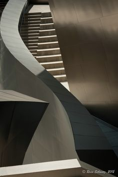 Curves and Angles.  Photo by Rona L. Schwarz. (Walt Disney Concert Hall by Frank Gehry)
