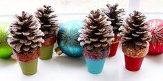 Miniárvore de Natal de pinha vai repaginar o décor de final de ano de sua casa (Foto: petscribbles.com)