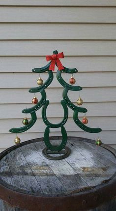 Welding project horseshoe rustic Christmas tree country