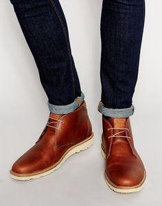 Stiefel von Original Penguin glattes Leder Schnürung vorne gerundete  Zehenpartie dicke Sohle strukturiertes Profil Mit feuchtem 4435c8d5c7