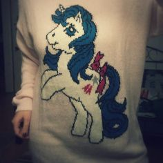 I wanted to buy something smart casual today. and I think I found the right dress! #mylittlepony #original #glory #oldschool #meinkleinespony #pullover #flausch #fluffy #itssofluffy #unicorn #fancy #dress #pulli #einhornpony #hasbro #dasoriginalausdenachtzigern #hach