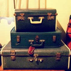 Vintage Suitcase Stack # Treasured Collections Au