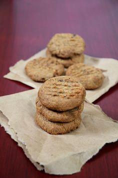 Grain-Free 5-Ingredient Peanut Butter Chocolate Chip Cookies - Vegan + Gluten-Free! #vegancookies #veganbaking