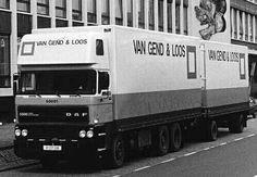 DAF FAG 3300 6x2 topsleeper met gesloten aanhanger van Van Gend en Loos NL