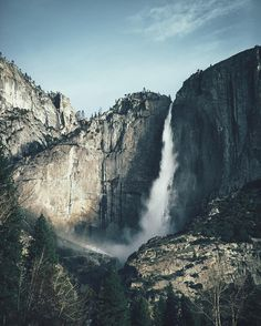 Yosemite falls, the tallest waterfalls in North America. How tall exactly? From top to bottom it's 740 meters (2425ft). To add some scale: that's as tall as 161 fully grown adult giraffes. Now you know.
