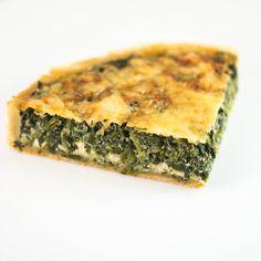 photo Tarte au Cresson & Chèvre Spanakopita, Quiche, Vegan, Breakfast, Ethnic Recipes, Food, Salty Tart, Kitchens, Morning Coffee