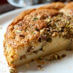 Magische taart met witte chocolade en pistachenoten