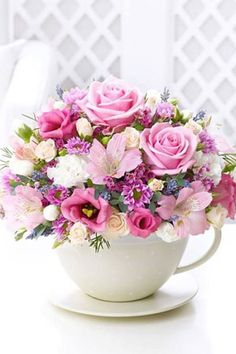 Beautiful Bouquet Of Flowers, Romantic Flowers, Fresh Flowers, Silk Flowers, Online Flower Delivery, Floral Bouquets, Floral Wreath, Pink Roses, Silk Flower Arrangements