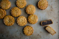 to Make Traditional Cantonese Mooncakes - Easy Cantonese Mooncake Recipe How to Make Traditional Cantonese Mooncakes at HomeHow to Make Traditional Cantonese Mooncakes at Home Mooncake Recipe, Asian Desserts, Asian Recipes, Chinese Desserts, Chinese Recipes, Chinese Moon Cake Recipe Easy, Chinese Cake, Asian Foods, Gourmet