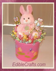 Easter crafts for kids - DIY candy centerpiece